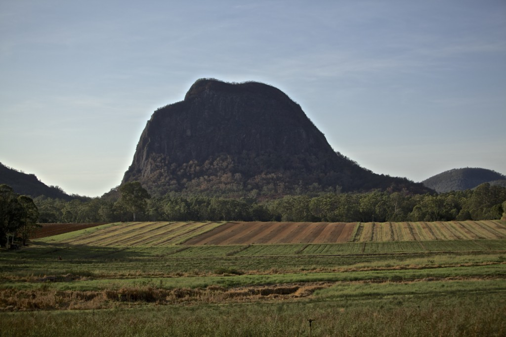 Glasshouse Mountains 2