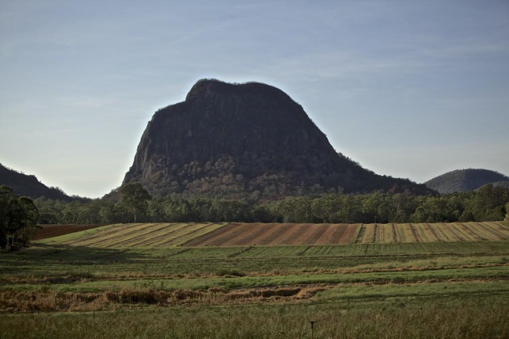 Glasshouse Mountains 2